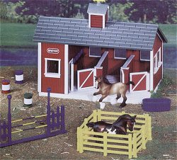 Breyer Horses Stablemates Red Stable Set #59197