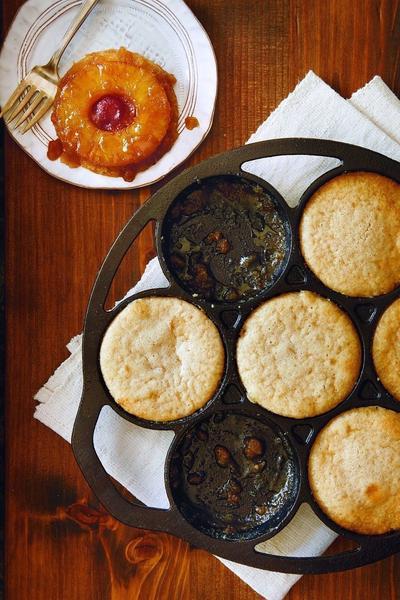 Lodge Cast Iron Drop Biscuit Or Mini Cake Pan L7b3 Pre