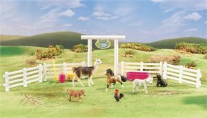 Breyer Horses Stablemates Size Petting Zoo #5950