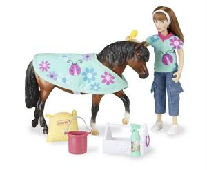 Breyer Horses Classics Size Pony Care Set #61048