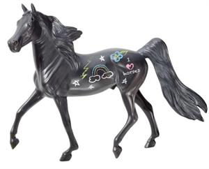 Breyer Horses Chalkboard Horse Art Kit #4809.
