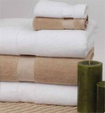 Made with 100% Ring-Spun, Certified Organic two-ply combed cotton loops. Green Threads by 1888 Mills is eco-friendly, while remaining exceptionally soft, plush, and absorbent. Simple, modern dobby border design. Classic Pearl White color. Hotel style bath