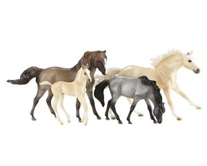 Breyer Horses Traditional Size Cloud's Encore Mustang Set #1728