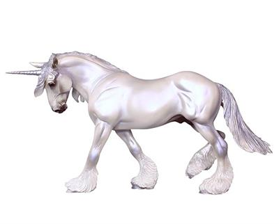Fantasy Model Horse in Pearl or Pearlescent finish